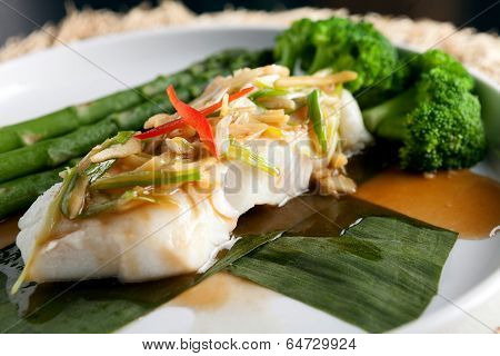 Thai Sea Bass With Asparagus