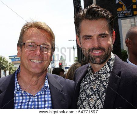 LOS ANGELES - MAY 9:  Doug Davidson, Jason Thompson at the Rick Springfield Hollywood Walk of Fame Star Ceremony at Hollywood Blvd on May 9, 2014 in Los Angeles, CA