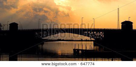 Charles Berry Memorial Bridge
