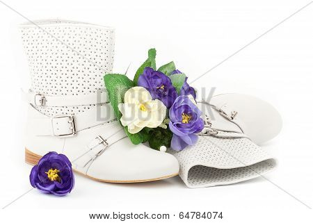 White Summer Boots With Flowers