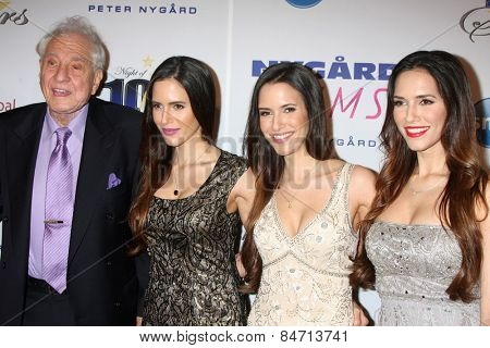 LOS ANGELES - FEB 22:  Garry Marshall at the Night of 100 Stars Oscar Viewing Party at the Beverly Hilton Hotel on February 22, 2015 in Beverly Hills, CA