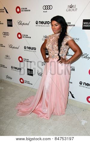 LOS ANGELES - FEB 22:  Lil' Kim at the Elton John Oscar Party 2015 at the City Of West Hollywood Park on February 22, 2015 in West Hollywood, CA