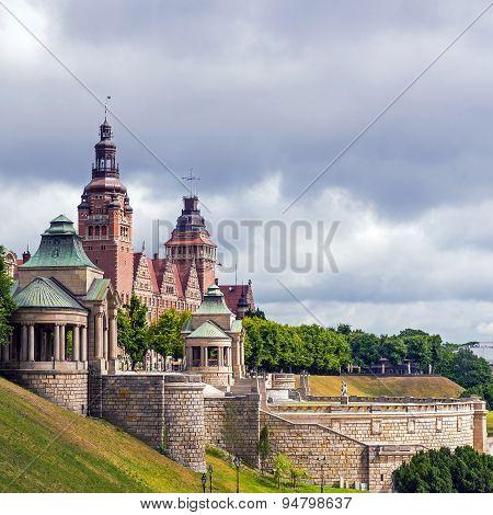View On The Chrobry Embankment (waly Chrobrego) In Szczecin, Poland, Complex Of Terraces And Edifice