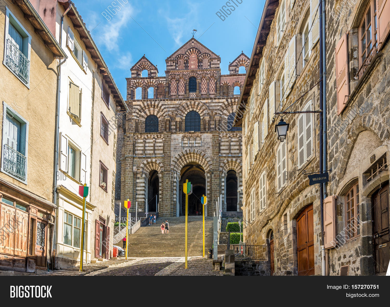 Architecte Le Puy En Velay le puy en velay,france image & photo (free trial)   bigstock