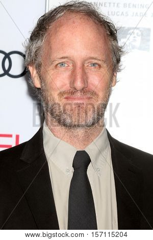 LOS ANGELES - NOV 16:  Mike Mills at the A Tribute To Annette Bening And Gala Screening of