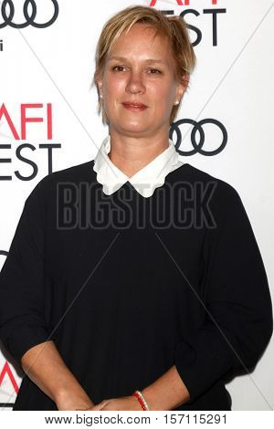 LOS ANGELES - NOV 16:  Anne Carey at the A Tribute To Annette Bening And Gala Screening of