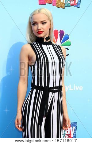 LOS ANGELES - NOV 16:  Dove Cameron at the
