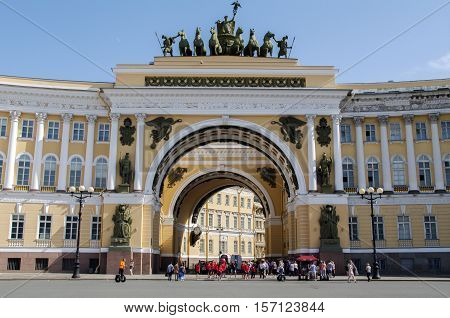 SAINT PETERSBURG - JUNE 05 2014: detail - the Chariot of Glory on the Triumphal Archof General Staff Palace Square. in St. Petersurg