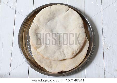 indian / pakistani / lebanese / turkish / nepali / roti / chapati / fulka / paratha / pita / naan /  bread