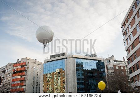 Aerial photography using a captive balloon over the city