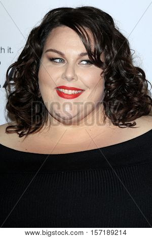 LOS ANGELES - NOV 14:  Chrissy Metz at the Glamour Women Of The Year 2016 at NeueHouse Hollywood on November 14, 2016 in Los Angeles, CA