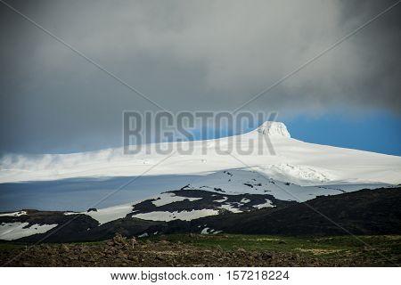 View at glacier Hvannadalshnukur highest summit in Iceland mountain landscape Vatnajokull park
