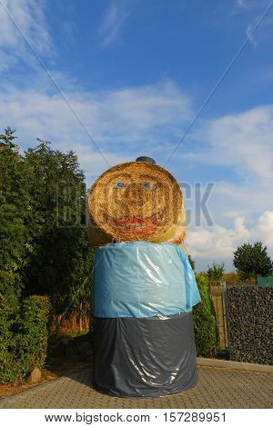 This is a very funny hay bale.