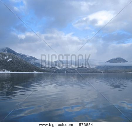 Snowy_Mt_Lake1