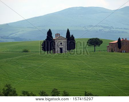 The lonely church Capella de Vitaleta near Pienza