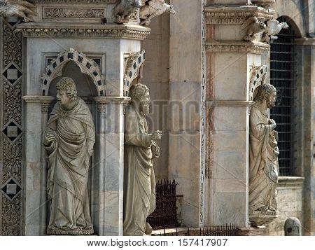 Siena - wonderfully decorated Capella di Piazza