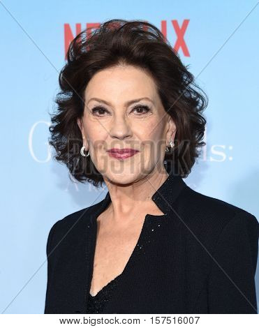 LOS ANGELES - NOV 18:  Kelly Bishop arrives to the Netflix's 'Gilmore Girls: A Year In The Life' Premiere on November 18, 2016 in Westwood, CA