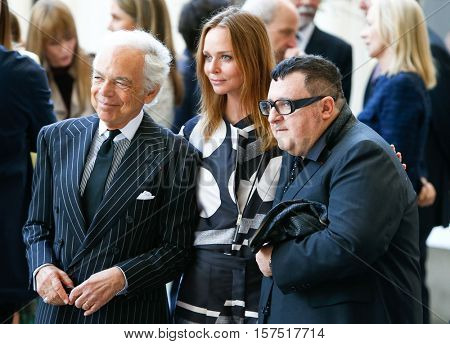 NEW YORK-MAY 5: (L-R) Ralph Lauren, Stella McCartney and Alber Elbaz at the Anna Wintour Costume Center Grand Opening at the Metropolitan Museum of Art on May 5, 2014 in New York City.