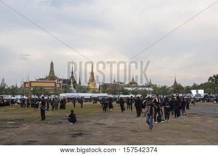 BANGKOK THAILAND - OCT 29 : A crowd of mourners at Sanam Luang while the body of Thailand Bhumibol Adulyadej keep in Grand Palace on october 29 2016
