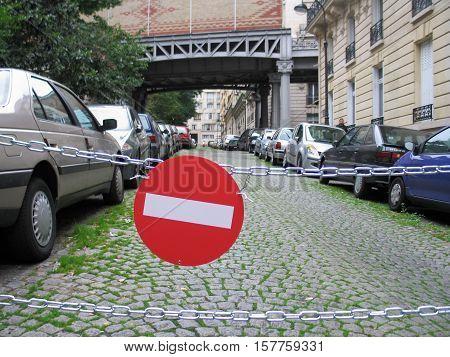 No entry sign at an parisian street