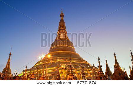 Shwedagon pagoda in Yangon, Myanmar. Shwedagon temple, Shwedagon gold.