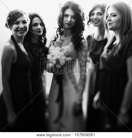 Charming smiles - brides and her bridesmaids