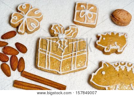 Christmas gingerbread with piggy on the table