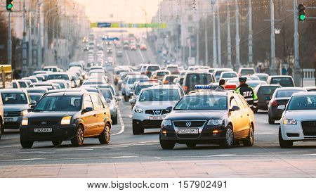 MINSK, BELARUS - MARCH 10, 2015: Busy Movement On Independence Avenue During Evening Time. Traffic Slow Moving On Street, Traffic Jam