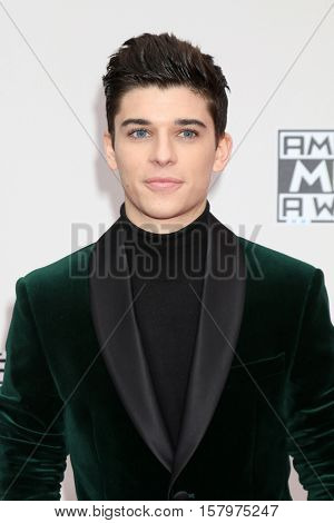 LOS ANGELES - NOV 20:  Sean O'Donnell at the 2016 American Music Awards at Microsoft Theater on November 20, 2016 in Los Angeles, CA