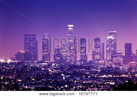 Downtown Los Angeles Skyline bei Nacht, Kalifornien, USA