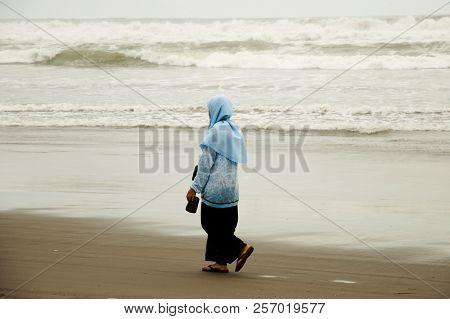 Woman On Parang Endog Beach - Jogjakarta - Indonesia