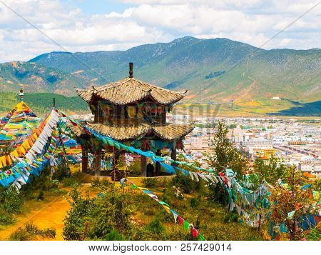 Tibetan Gazebo Above Shangri-la Or Xianggelila, Formerly Zhongdian, Mountain City In Northwestern Yu