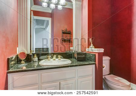Red Bathroom Design In A Luxurious Country House.