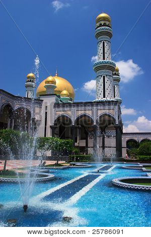 Brunei Jame'Asr Mosque and fountains
