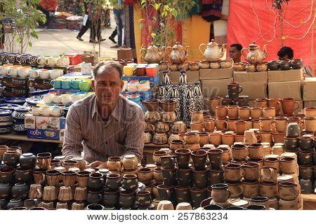 Faridabad, Haryana / India - February 16 2018: Crockery Seller At The Surajkund Crafts Mela - The La