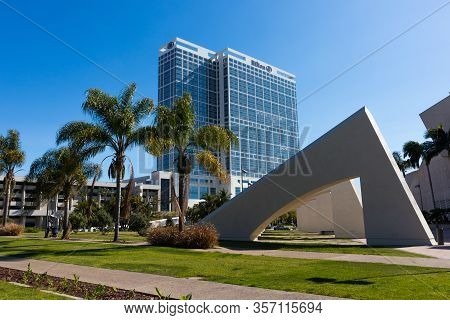 San Diego, California/usa - March 21, 2020:   San Diego Hilton Bayfront Hotel, Located Near The Arch