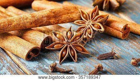 Anise, Star Anise, Anise Flavor, Aromatic, Background, Blue, Brown, Christmas, Cinnamon, Cinnamon St