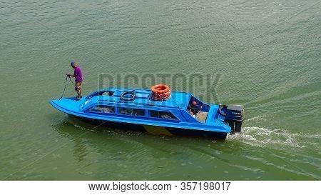 Menumbok,sabah-feb 2,2020:water Taxi Service,speedboat In Menumbok Terminal Ferry,sabah,malaysia.it