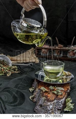 A Hot Pandan Leaf Tea With Indian Marsh Fleabane Plant Leaves And Safflower Dried (saffron Substitut