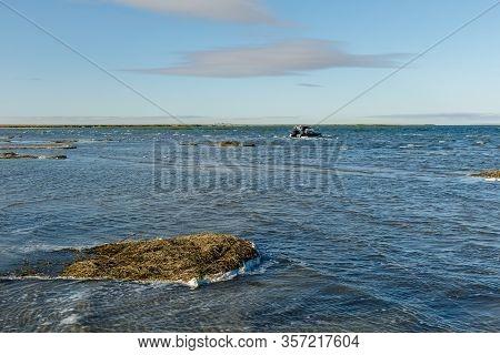 Lake Kamyslybas Or Kamyshlybash, Large Saltwater Lake In The Kyzylorda Region, Kazakhstan. Waves On