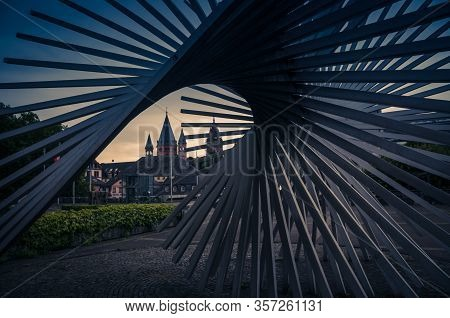 Mainz, Germany - August 12, 2017: Modern Art Sculpture Near Town Hall In Front Of St. Martin Cathedr