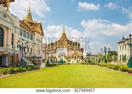 Grand Palace Complex, View To Chakri Maha Prasat Throne Hall And Dusit Maha Prasat Hall. Bangkok, Th