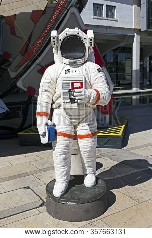 Bristol, Uk - June 3, 2015: A Dummy Astronaut Holding A Sandwich Box And A Coffee Cup At The At-bris