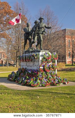 War memorial erected in Charlottetown, Prince Edward Island, Canada pictured after a Remerbrance Day service.  This monument was erected   after the WW1  to commemorate fallen soldiers from PEI.