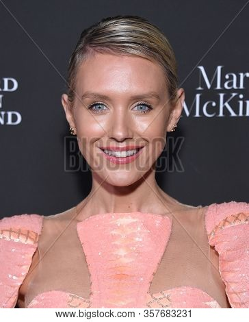 LOS ANGELES - JAN 25:  Nicky Whelan arrives for the G'Day USA Gala on January 25, 2020 in Beverly Hills, CA