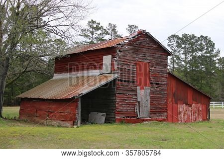 Vintage Old Red Country Farm Barn Grass Field