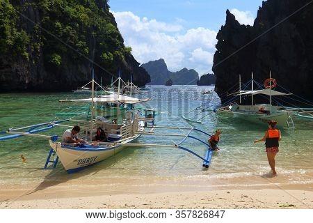 Palawan, Philippines - December 1, 2017: People Enjoy Island Hopping Tour In Palawan, Philippines. 6