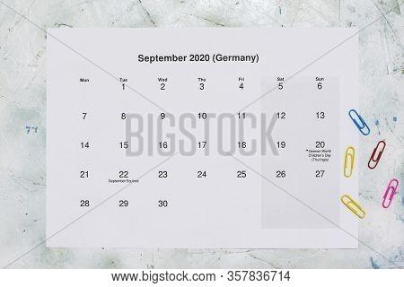 Monatskalender September 2020. Translation: Monthly September 2020 Calendar. Paper September Month C