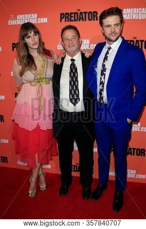 LOS ANGELES - SEP 12:  Tatiana Pajkovic, Boyd Holbrook, his father at the