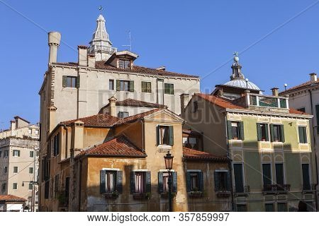 The Amazing Old World Architecture In The City Of Venice Italy